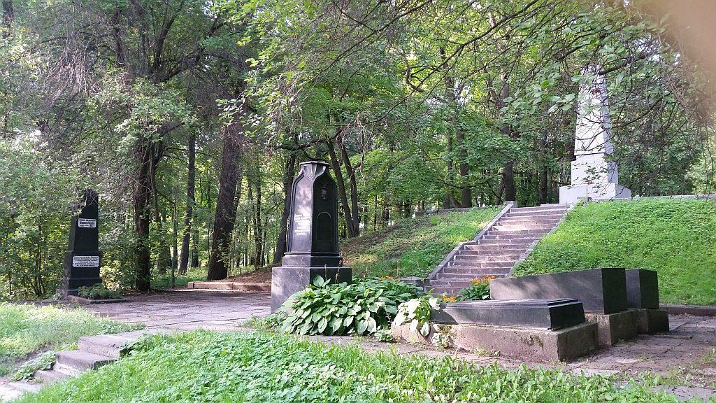 Мемориал в память героям революции