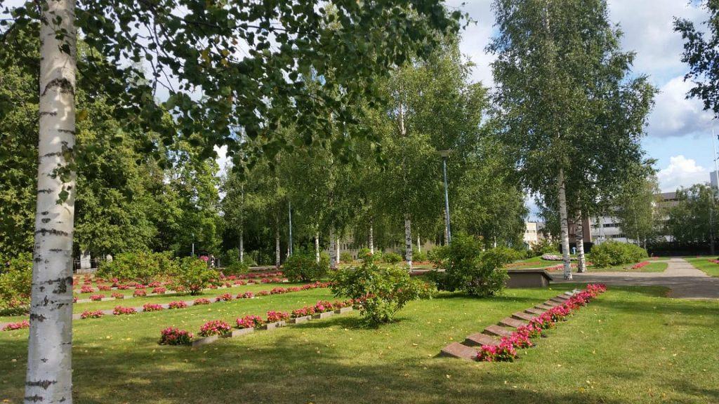 Мемориальное кладбище Санкарихаутаусмаа