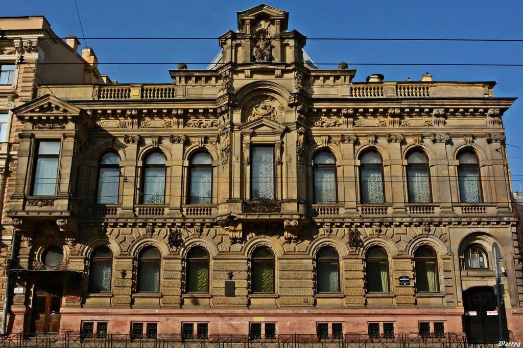 Внешний фасад особняка  Кельхов