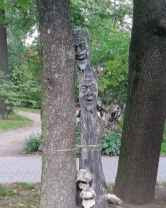языческая скульптура