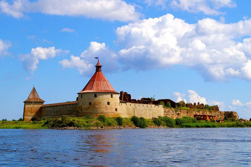 Вид на крепость с воды