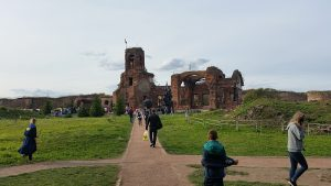 руины храма