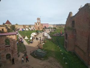 улица ремесел во дворе крепости