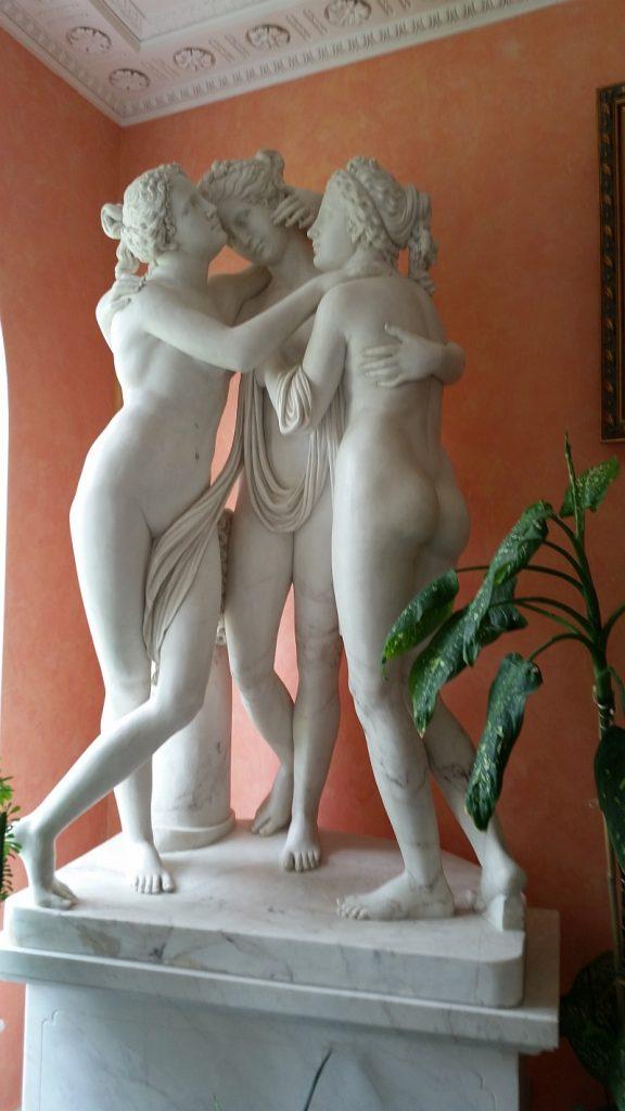 Три Грации в Зимнем саду