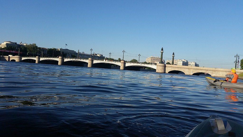 Вид на Ушаковский мост с Невы