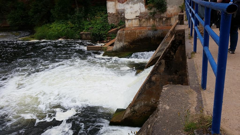 Мощность  ГЭС была примерно 175 кВт