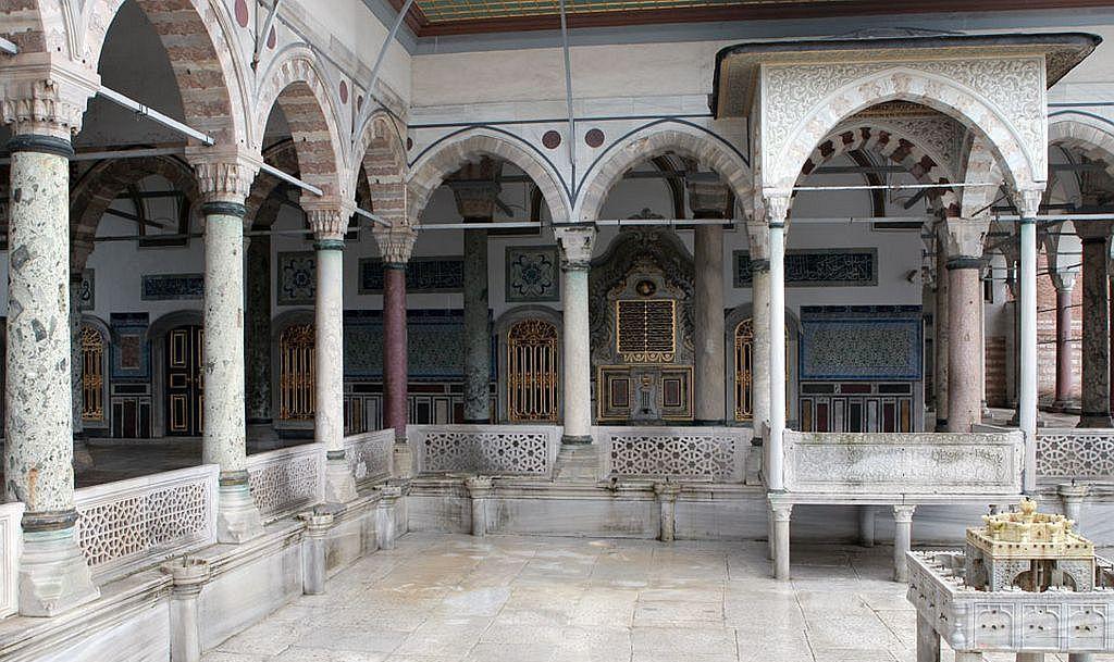 Султанский дворец Топкапы в Стамбуле